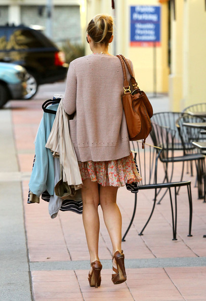 More Pics of Lauren Conrad Platform Sandals (1 of 10) - Lauren Conrad Lookbook - StyleBistro