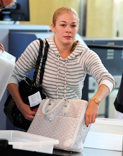 More Pics of LeAnn Rimes Gold Bracelet Watch (1 of 8) - Gold Bracelet Watch Lookbook - StyleBistro