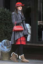 Leighton Meester filmed scenes for 'Gossip Girl' carrying a red patent leather Chanel tote.