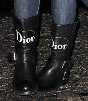 Lil Kim donned a pair of buckled Dior boots while out at the Ritz Carlton Hotel.