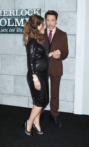 Susan Downey pulled her frilly look together with a pair of lace-trimmed cap-toe evening pumps.