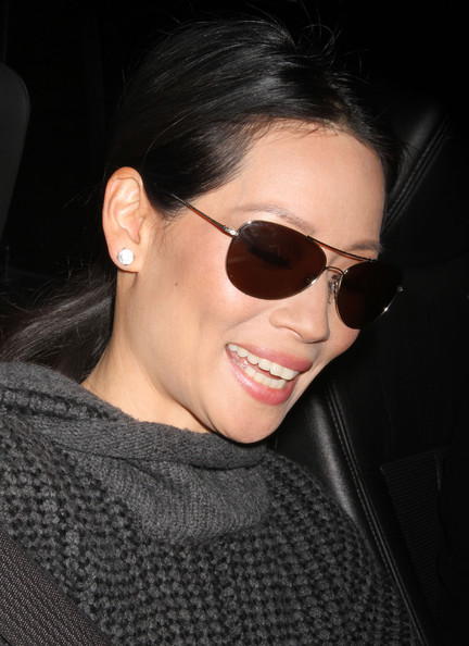 More Pics of Lucy Liu Aviator Sunglasses (1 of 6) - Lucy Liu Lookbook - StyleBistro