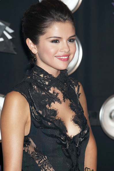 More Pics of Selena Gomez French Braid (1 of 4) - Selena Gomez Lookbook - StyleBistro