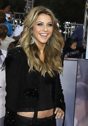 Julianne was all smiles as she showed off her highlighted locks while attending the 'This Is It' premiere.