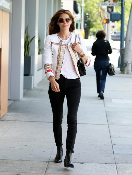 More Pics of Michelle Monaghan Skinny Jeans (1 of 8) - Michelle Monaghan Lookbook - StyleBistro []