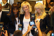 Naomi Campbell and Eva Herzigova Photo