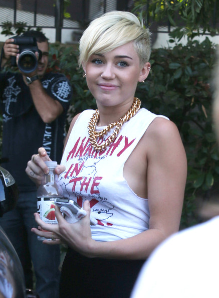 More Pics of Miley Cyrus Tank Top (2 of 54) - Miley Cyrus Lookbook - StyleBistro