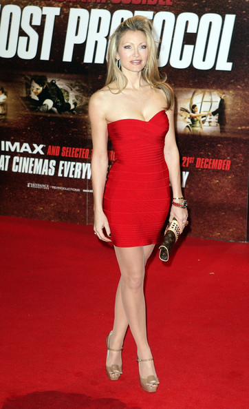 This red bandage mini dress showcased Caprice's curves and creamy complexion to perfection at the 'Mission Impossible IV: Ghost Protocol' Premiere in London.