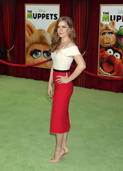 Amy Adams was chic in a polished ensemble at 'The Muppets' LA premiere. She topped off her look with classic nude stilettos.