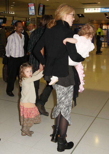 Nicole Kidman And Family Arriving For A Flight In Sydney