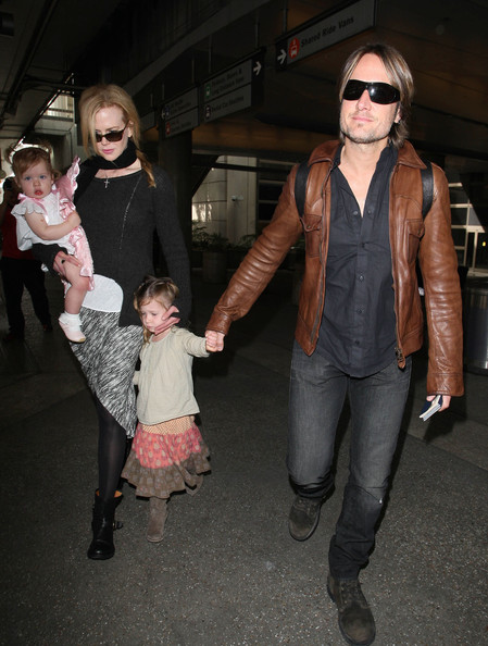 Nicole Kidman & Family Touch Down In Los Angeles