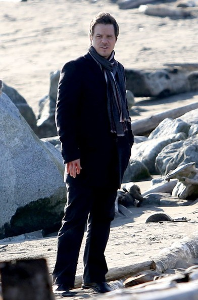 Michael Raymond-James chose a striped scarf for his on-set look while filming scenes from 'Once Upon A Time.'