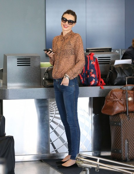 More Pics of Miranda Kerr Button Down Shirt (5 of 17) - Miranda Kerr Lookbook - StyleBistro