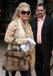 Kathy Hilton stepped out in Bel Air looking chic in a pair of oversized sunnies.