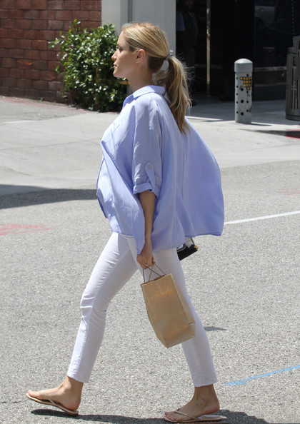 More Pics of Kristin Cavallari Button Down Shirt (1 of 10) - Kristin Cavallari Lookbook - StyleBistro