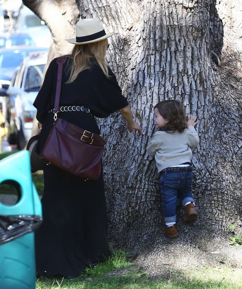 Rachel Zoe Spends The Day Out And About With Her Family
