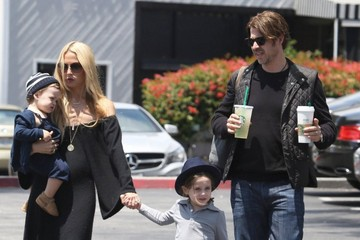 Rachel Zoe Rodger Berman Rachel Zoe & Family Make A Starbucks Run In Beverly Glen