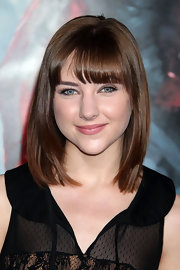 Haley Ramm kept her look sleek and simple with a shoulder length cut and blunt cut bangs.