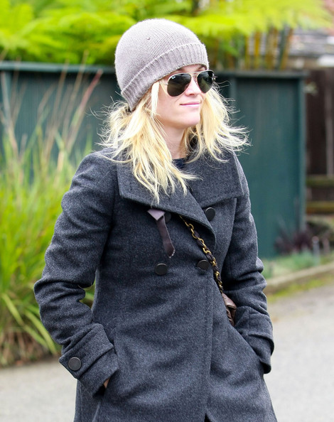 Reese Witherspoon Aviator Sunglasses