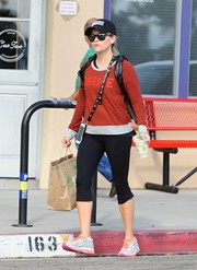 Reese Witherspoon went on a smoothie run wearing a red sweatshirt and black capri leggings.