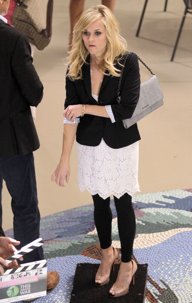 b4e38970bbce Reese Witherspoon Peep Toe Pumps - Reese Witherspoon Heels Looks ...