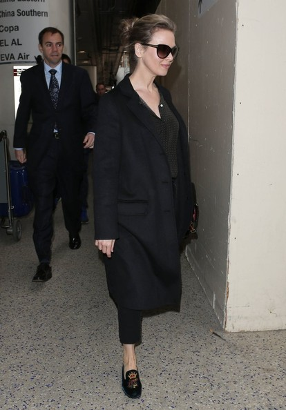 More Pics of Renee Zellweger Wool Coat (1 of 12) - Renee Zellweger Lookbook - StyleBistro