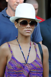 Rihanna is colorfully incognito (well, almost) behind these oversized shades.