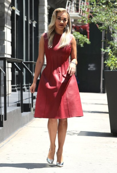 Rita Ora Pumps