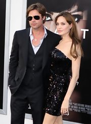Brad Pitt showed off his classic shades while walking the red carpet with Angelina Jolie.