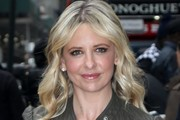 Sarah Michelle Gellar Long Wavy Cut
