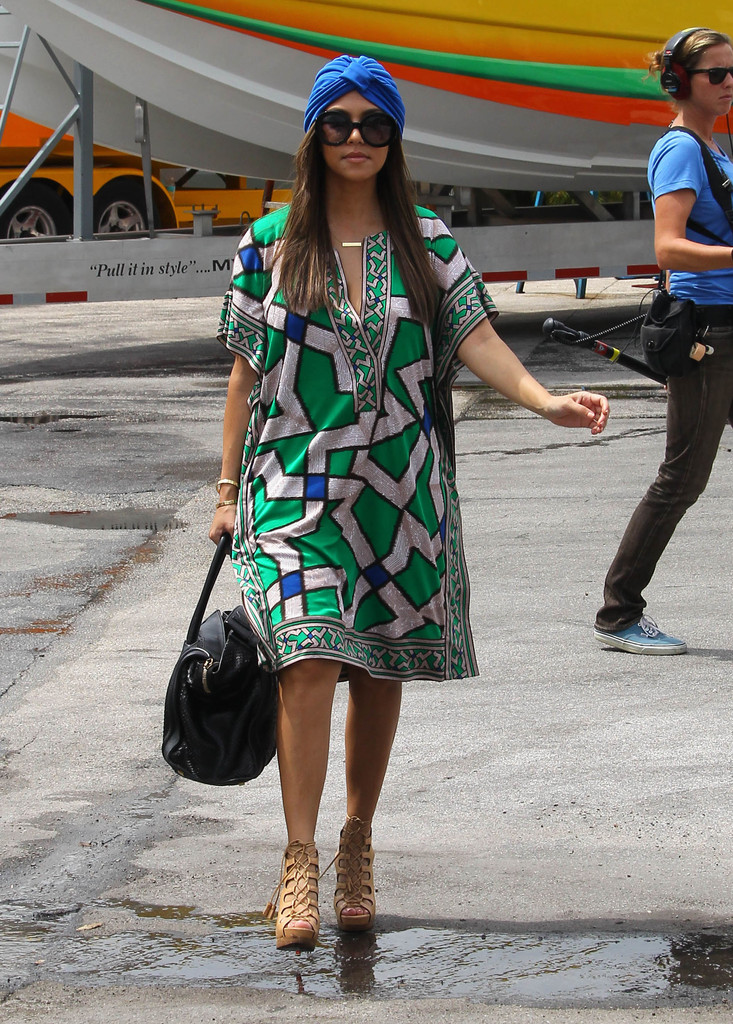 Summer Outfit Idea to Try A Print Tunic - Outfit Ideas - Livingly