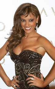 Model Selita Ebanks showed a longer than usual hair style while hosting a night out at LAVO nigh club in Las Vegas.