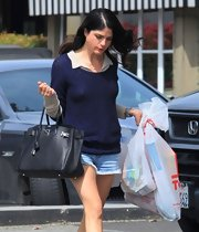 Selma Blair sported a leather tote with a silver lock embellishment while running errands in California.