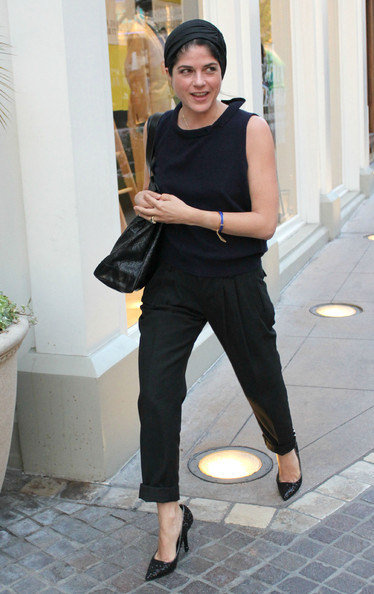 Selma Blair Pumps