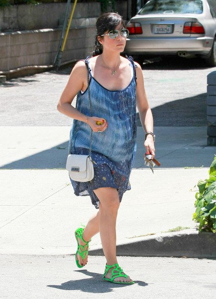 Selma Blair Chain Strap Bag