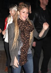 Shakira looks fierce in a leopard print scarf while on the 'Late Show with David Letterman.'