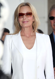 Bo Derek added a bit of sportiness to her ensemble with a pair of shield sunglasses.