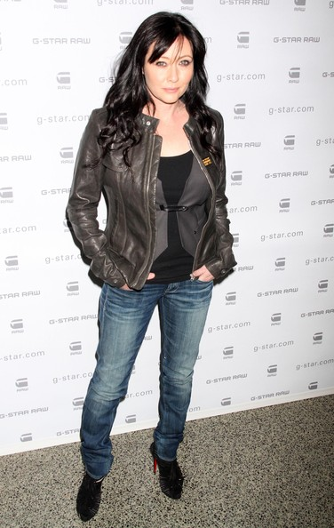 Shannen Doherty Long Wavy Cut