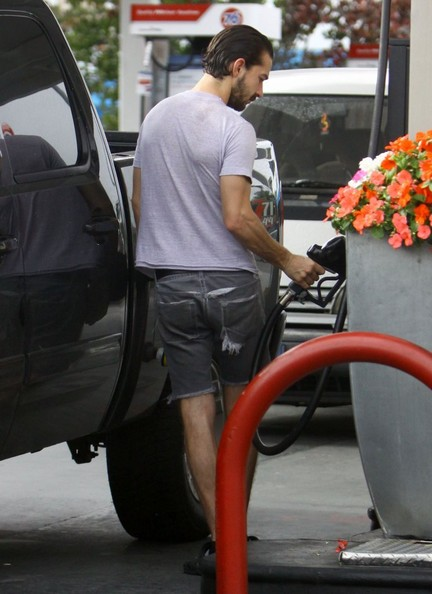 Shia LaBeouf Grabs Cigs and a Coffee at the Pump