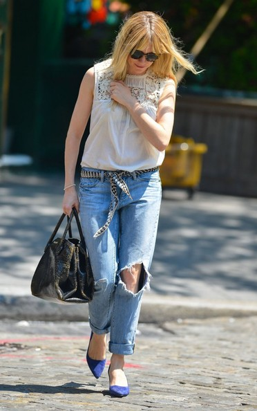 More Pics of Sienna Miller Ripped Jeans (1 of 9) - Sienna Miller Lookbook - StyleBistro
