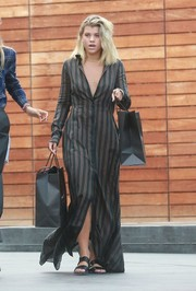 Sofia Richie looked subtly sexy in a cleavage-revealing maxi shirtdress while out shopping in Beverly Hills.