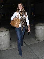 Sofia Vergara updated her classic look with a pair of au courant flared trouser jeans.