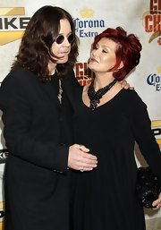 Sharon Osbourne carried a quilted purse at the Guys Choice Awards.