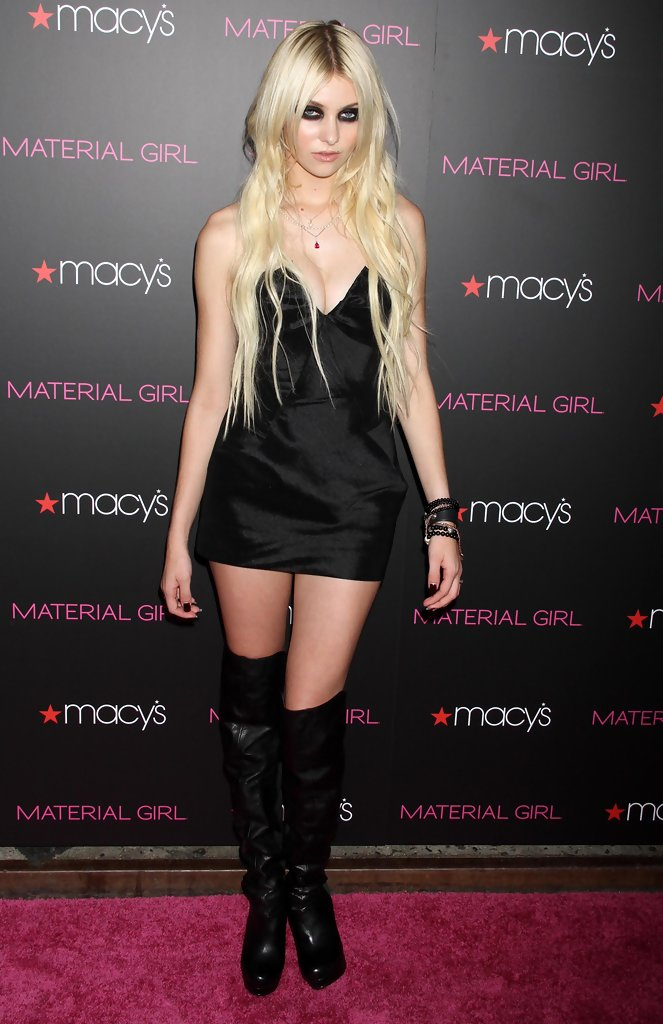 Taylor Momsen Cocktail Dress - Taylor Momsen Clothes Looks ... тейлор момсен