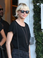 Taylor Swift kept it classic with these Ray-Ban wayfarers while out shopping at Fred Segal.