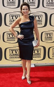 Patricia Heaton wowed the crowd in a black one-shoulder dress at the TV Land Awards.