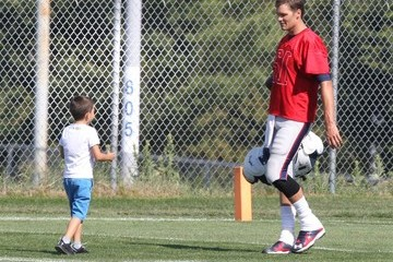 Tom Brady Benjamin Brady Tom Brady Spends Time With His Sons After Practice