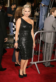 The actress looked hot in a racy one-shouldered dress with a pair of studded-sole, black platform pumps.