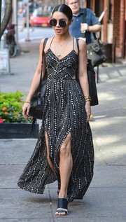 Vanessa Hudgens chose black broad-strap sandals to pair with her summer dress.