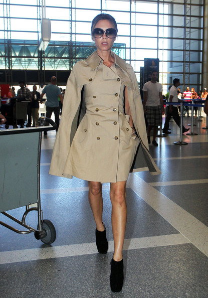 More Pics of Victoria Beckham Trenchcoat (3 of 8) - Victoria Beckham Lookbook - StyleBistro